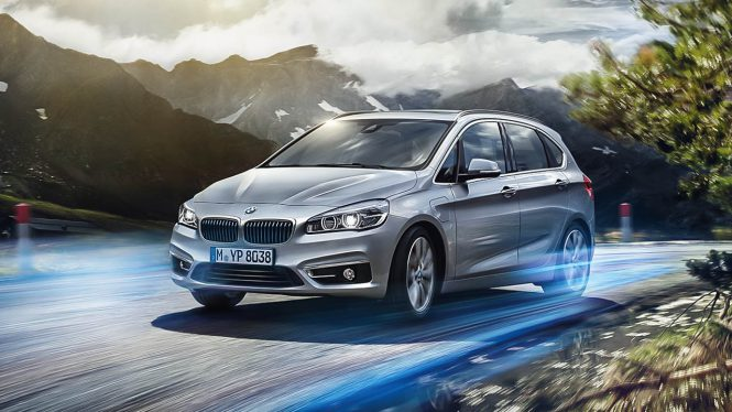 BMW 225xe iPerformance Active Tourer car range