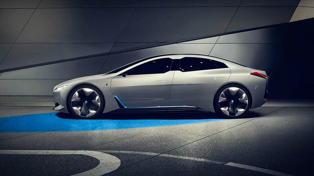 BMW i4 Specs, Range, Performance 0-60 mph