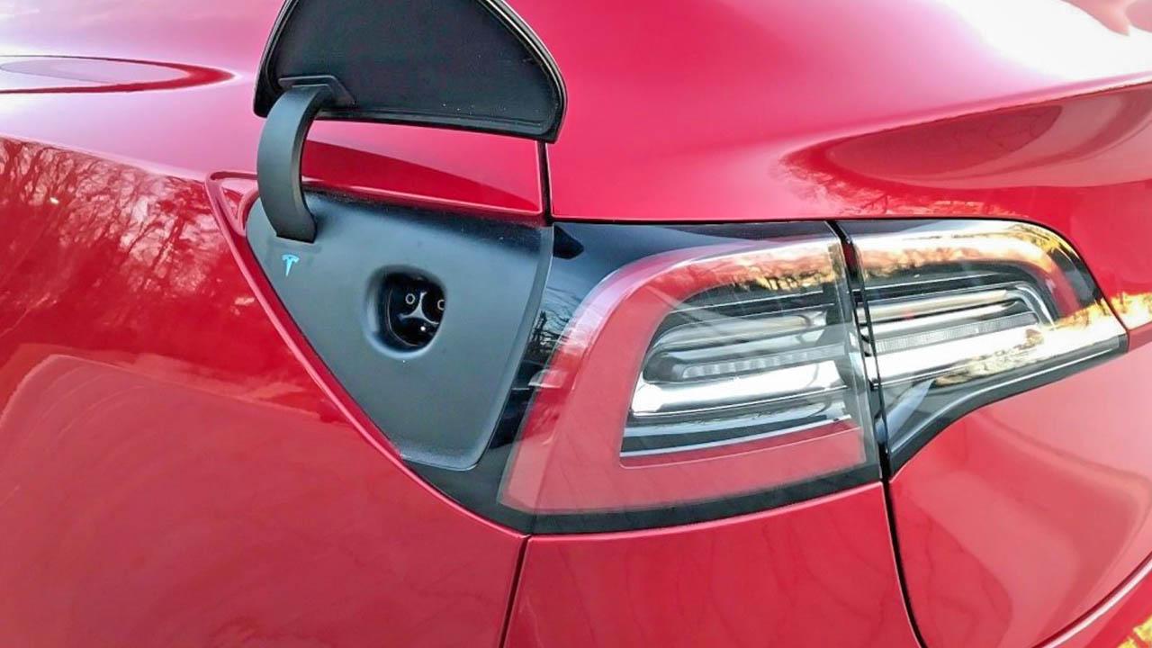 Tesla Model 3 Long Range Specs, Range, Performance 0-60 mph